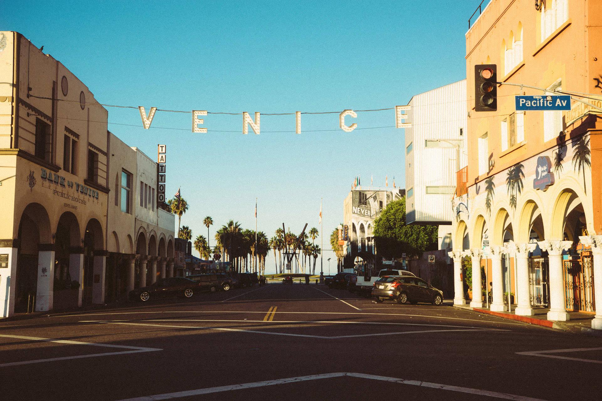 Welcome to Venice Beach 03